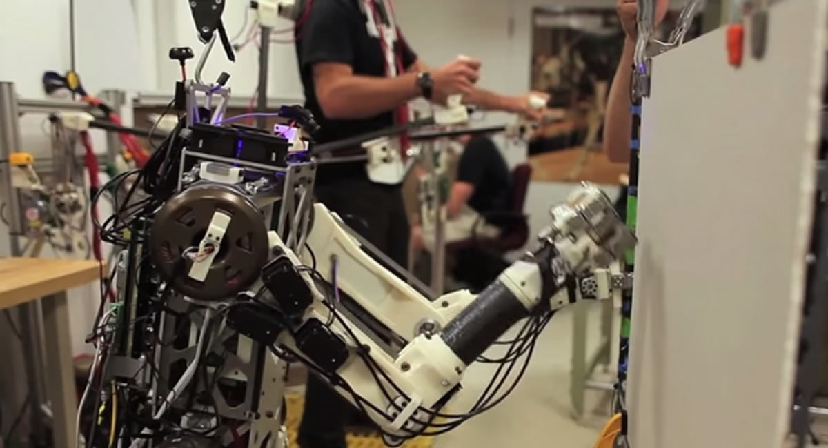 MIT reveal Hermes, the remotely operated bipedal robot that will aid in disaster response.